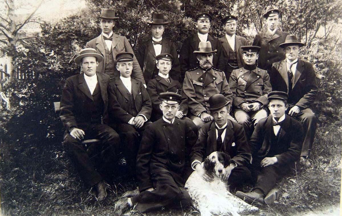 Klassebilde-skogskolen-1900-1901