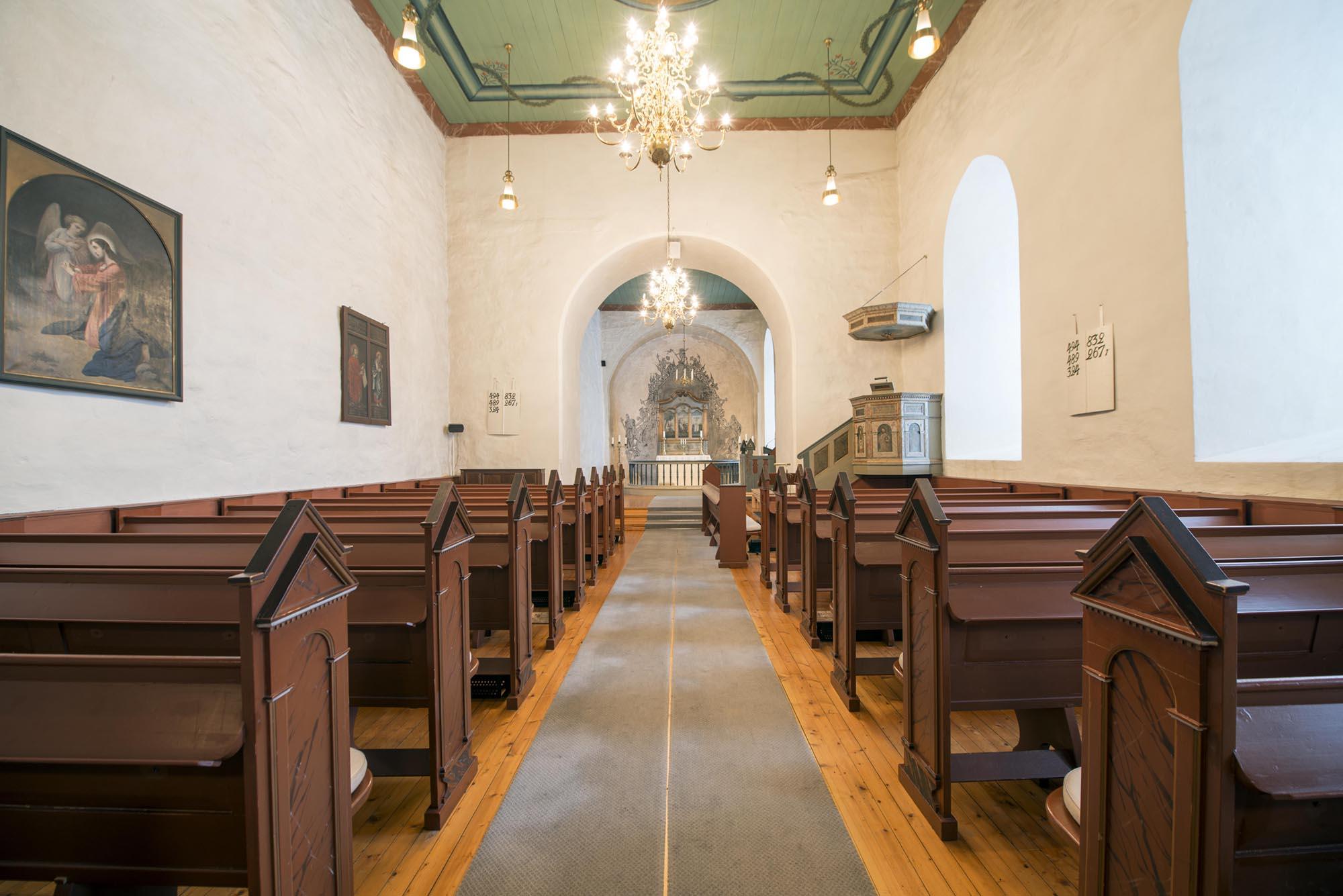 Efteløt kirke. Foto: Bjørn Isaksen/3600.no