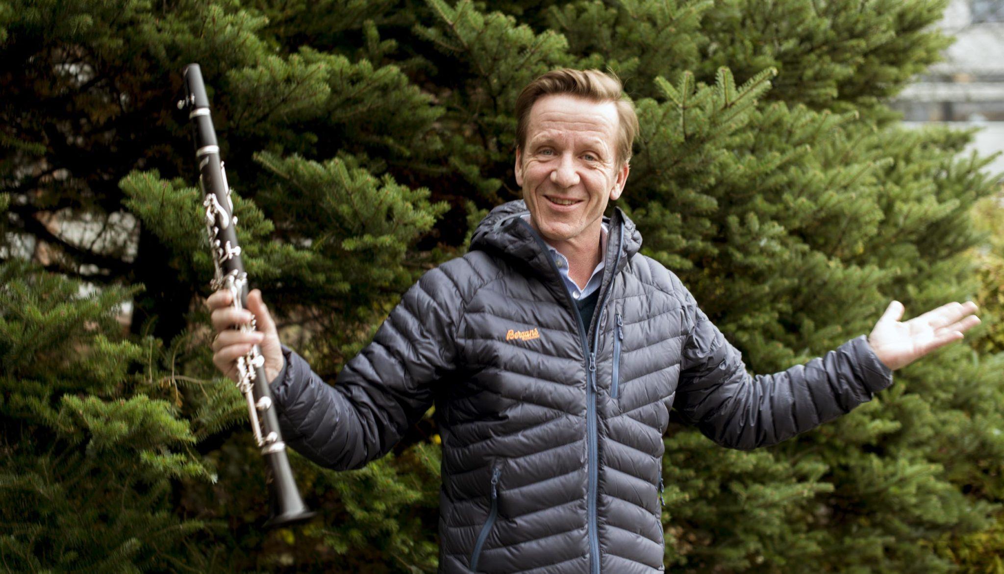 Odd Kittelsen er solist med Kongsberg Byorkester. Foto: Bjørn Isaksen