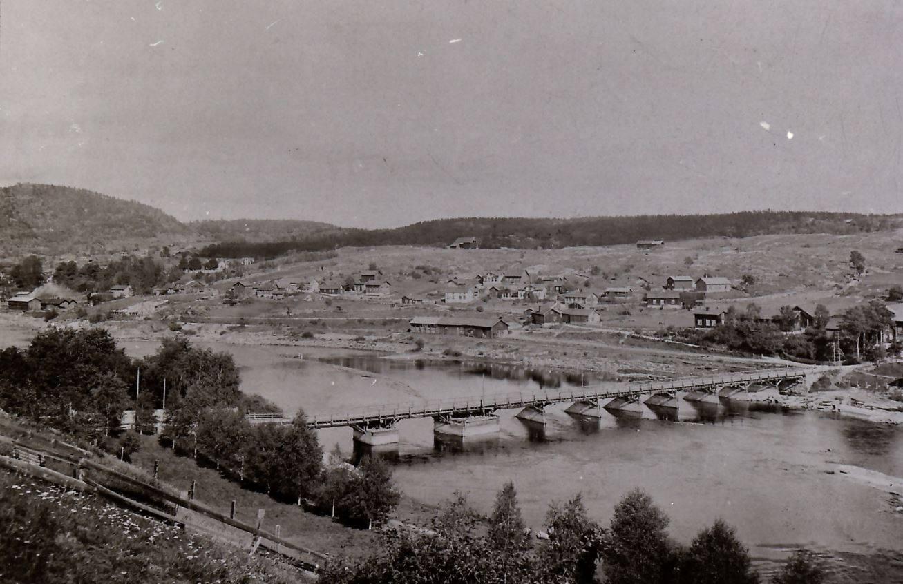 Hvem stod bak byggingen av Gamlebrua?