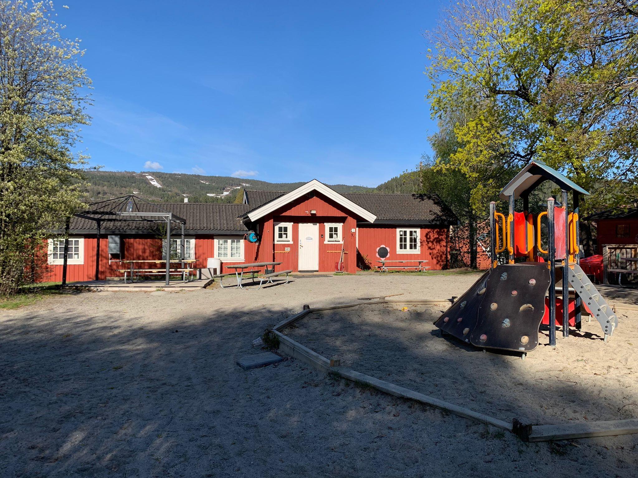 Hvem startet barneparken Verdens Ende i Kongsberg under krigen? (bildet er av nyere dato ;)